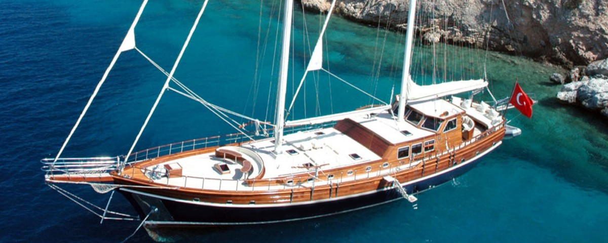 turk-bayrakli-ticari-tekneler-1600x588